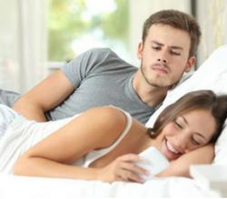 catch cheating girlfriend
